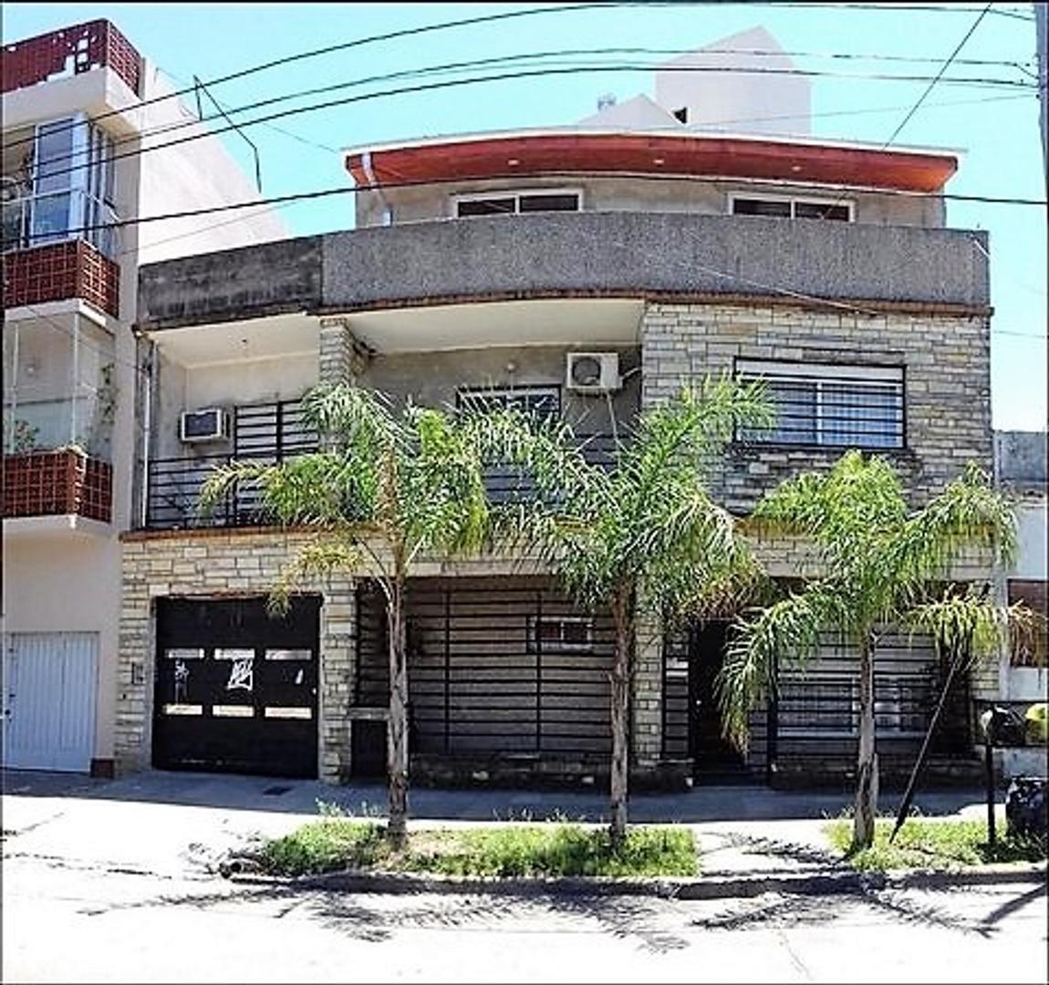Apto crédito casa 5 ambientes Cochera doble Playroom Excelente ubicación