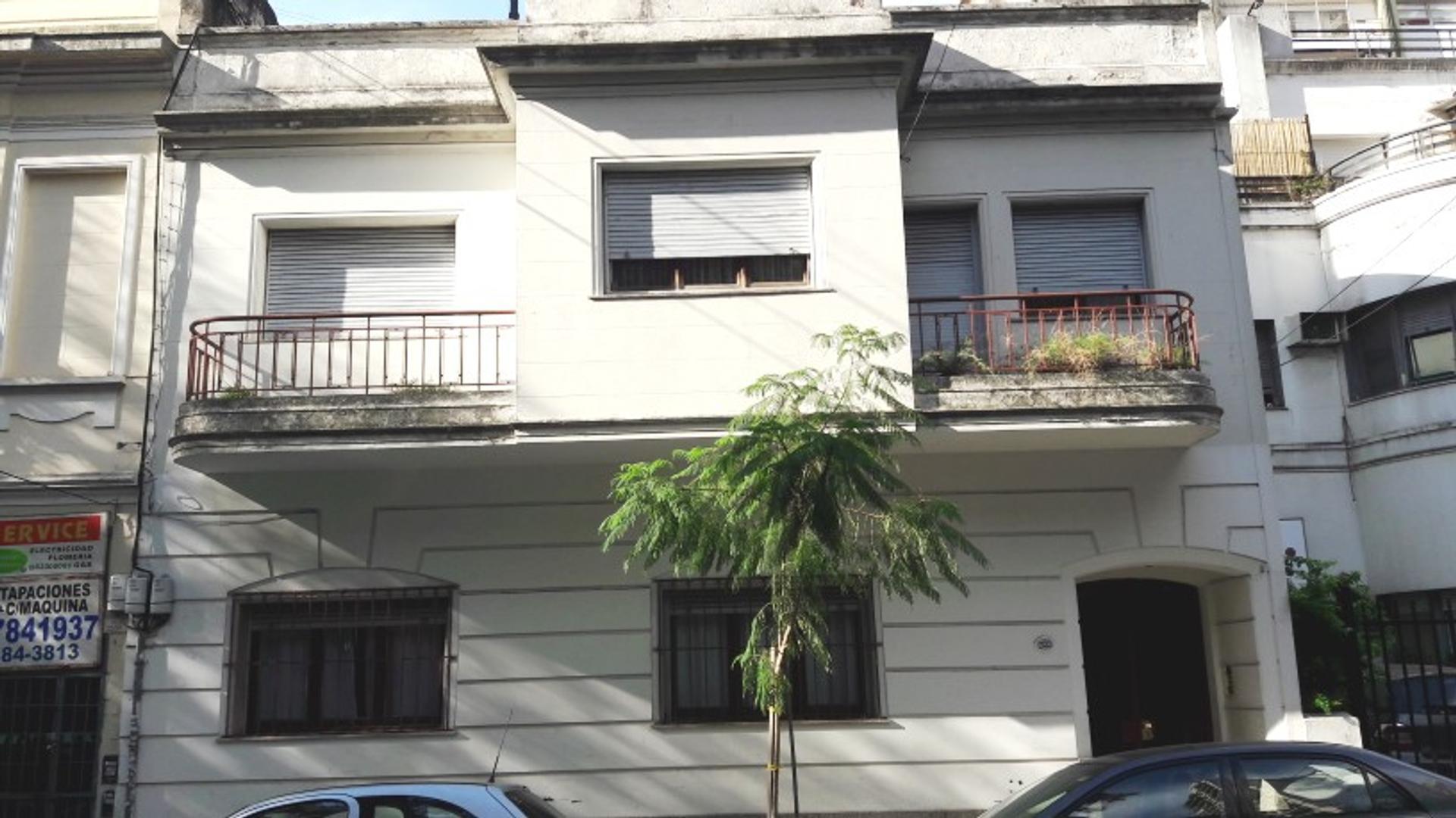 VIDAL Y OLAZABAL 45M2 patio 3x2   1º PISO X ESCALERA
