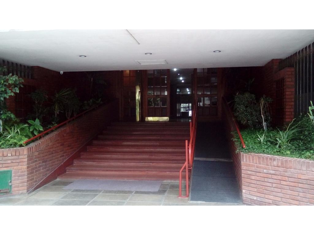 Departamento 3 ambientes en Edificio Torre