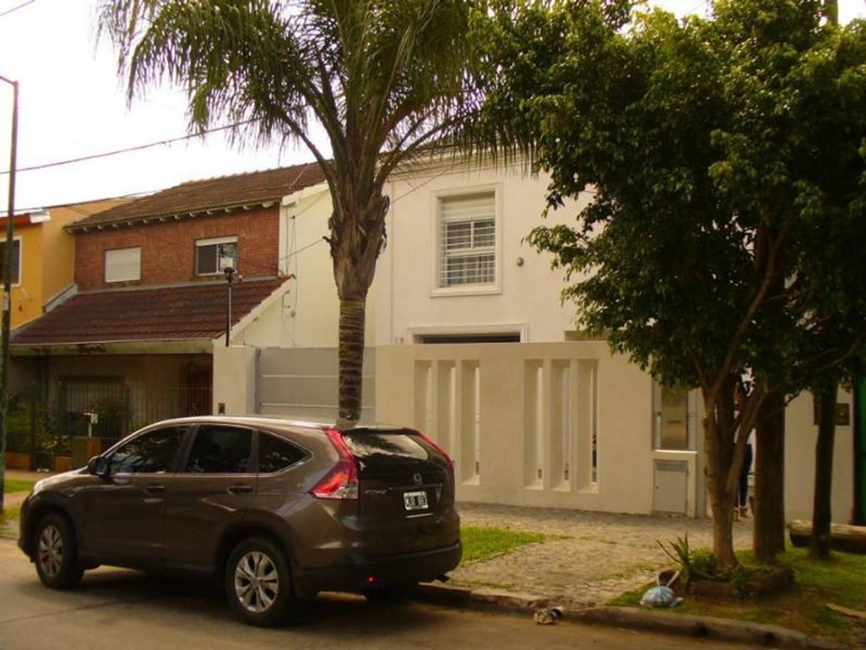 Casa en Venta en Lomas de San Isidro - 4 ambientes