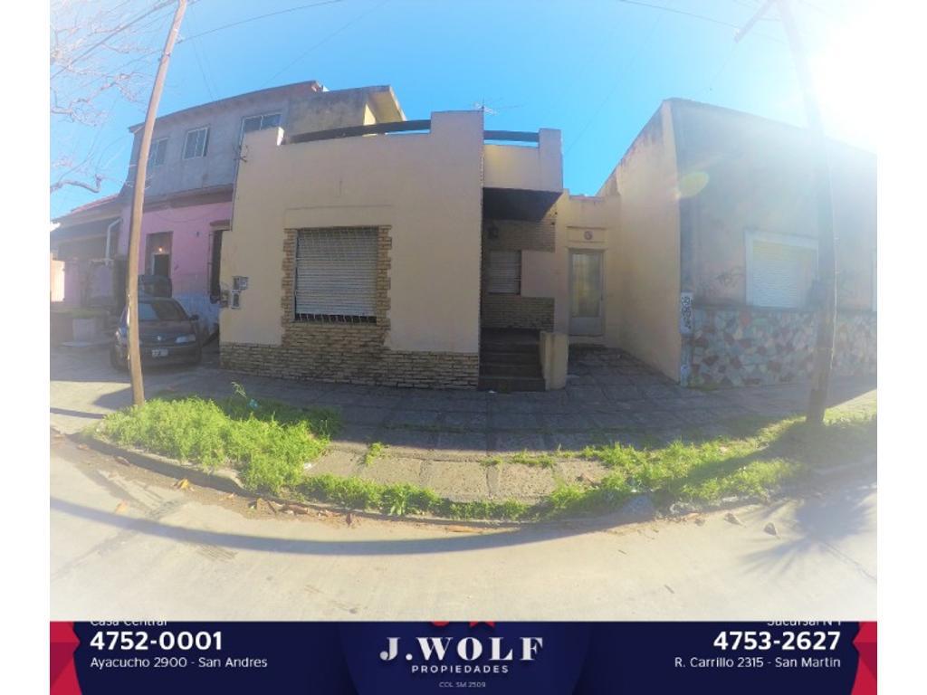 Importante casa de tres ambientes en San Andrés