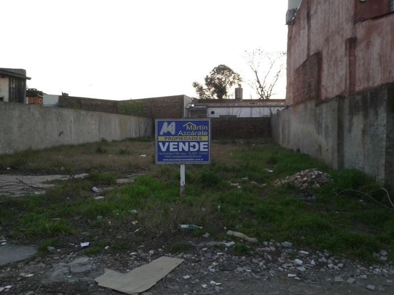LOTE EN LOBOS. 10x30 (Aprox)TODOS LOS SERVICIOS.  INMEJORABLE ZONA