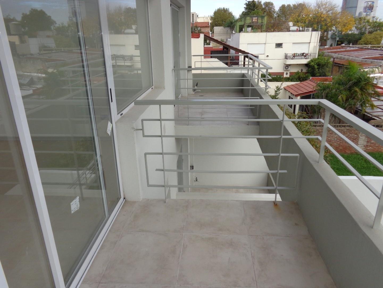 Jose M Piran 6100, Piso 3 - 3 ambientes con cochera