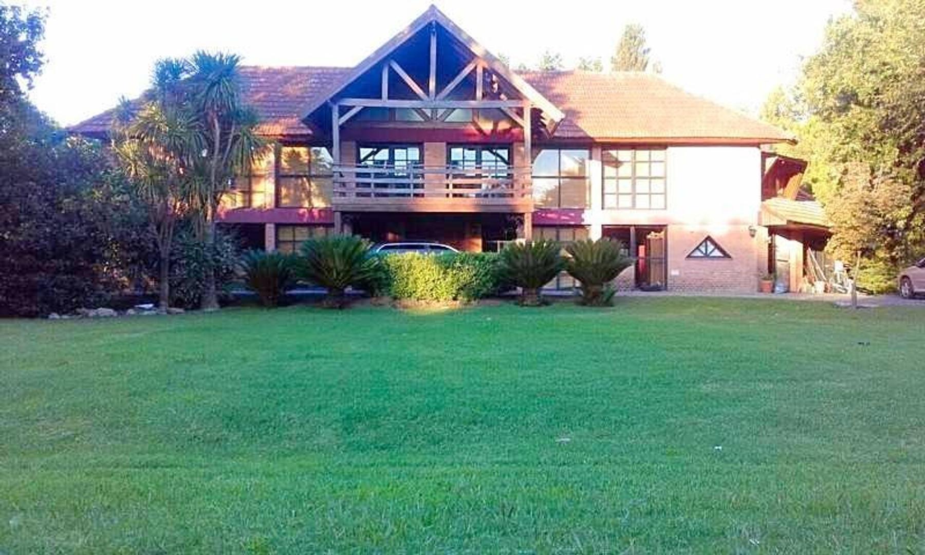 Casa en venta Country San Diego, Moreno, Lote Central