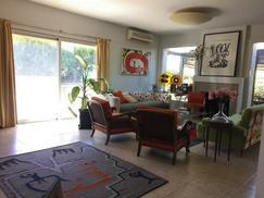 Excelente casa reciclada en Olivos Country Club