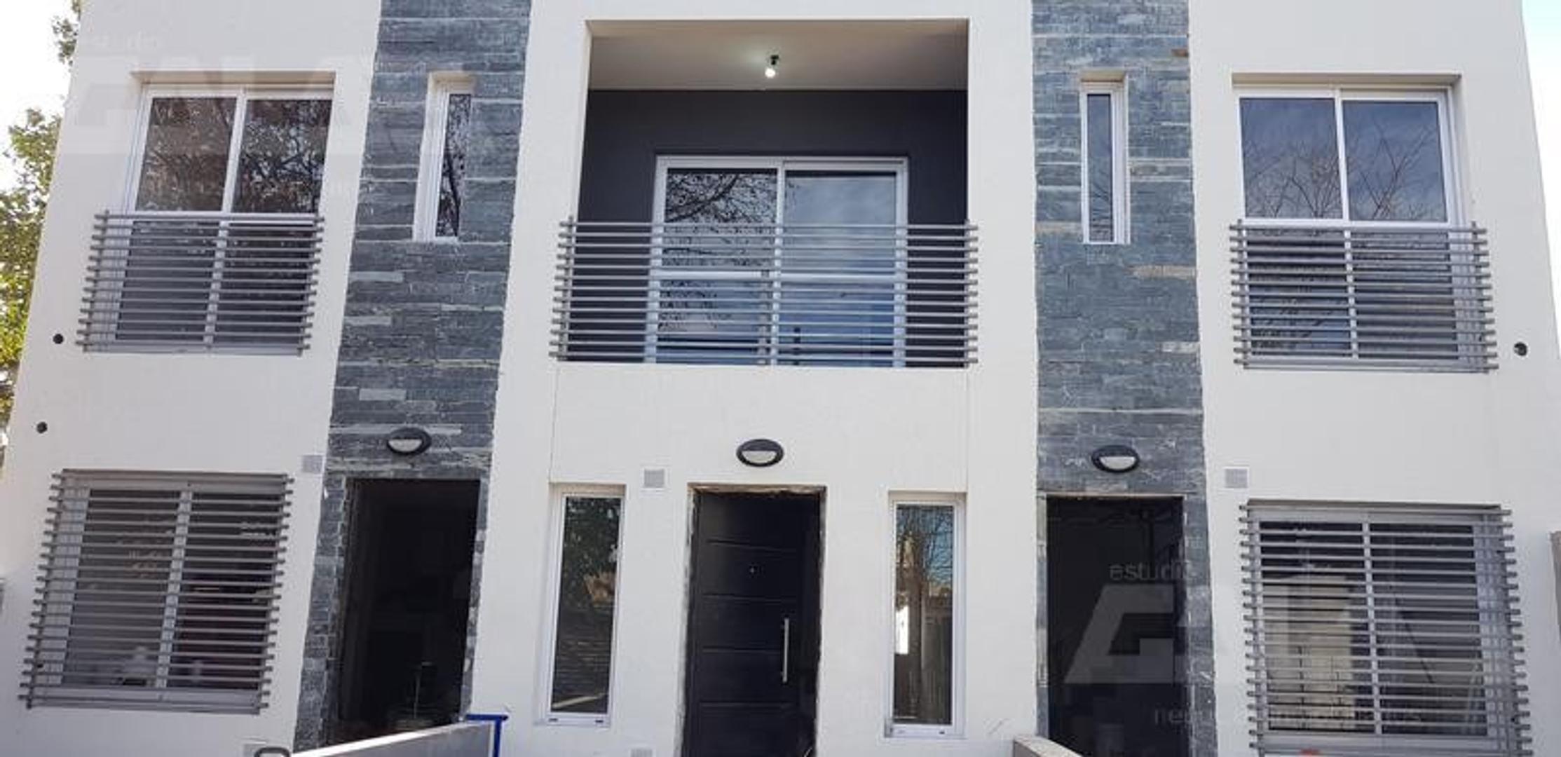 Duplex en alquiler NUEVO A ESTRENAR cochera para 2 autos
