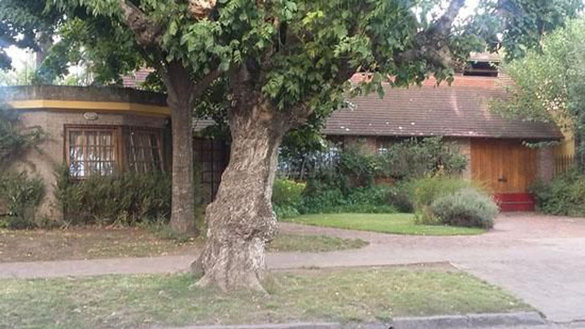 Casa en Venta en Jose Marmol - 5 ambientes
