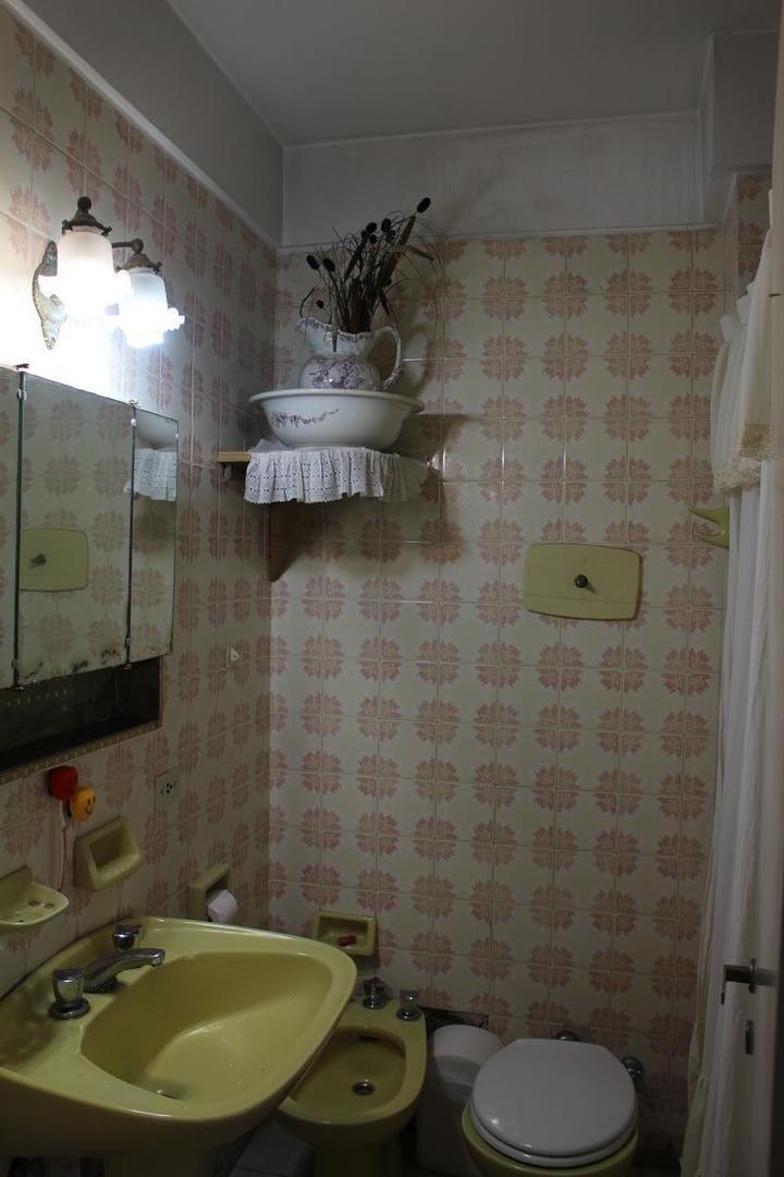 Departamento - 65 m² | 2 dormitorios | 49 años