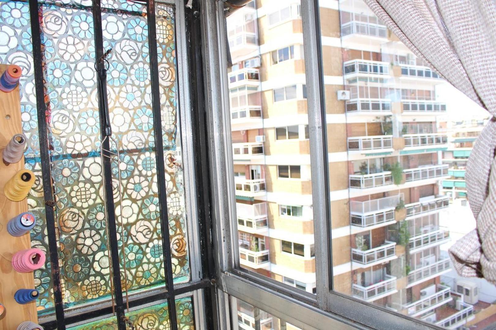 Departamento en Villa del Parque con 2 habitaciones