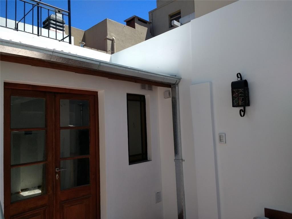 Casa en PH de 2 ambientes nueva a estrenar en contrafrente