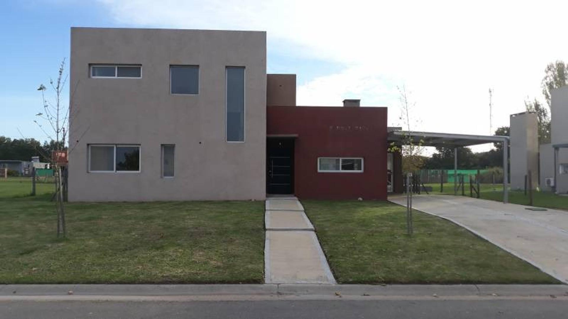Casa en Venta en Haras Santa Maria