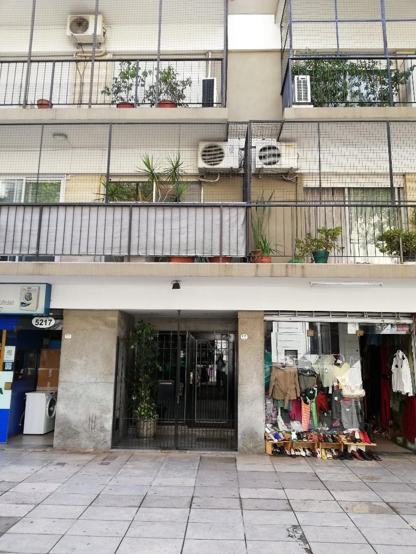 2 Ambientes 47 mts. Fte. Balcón a 1 Cuadra Subte