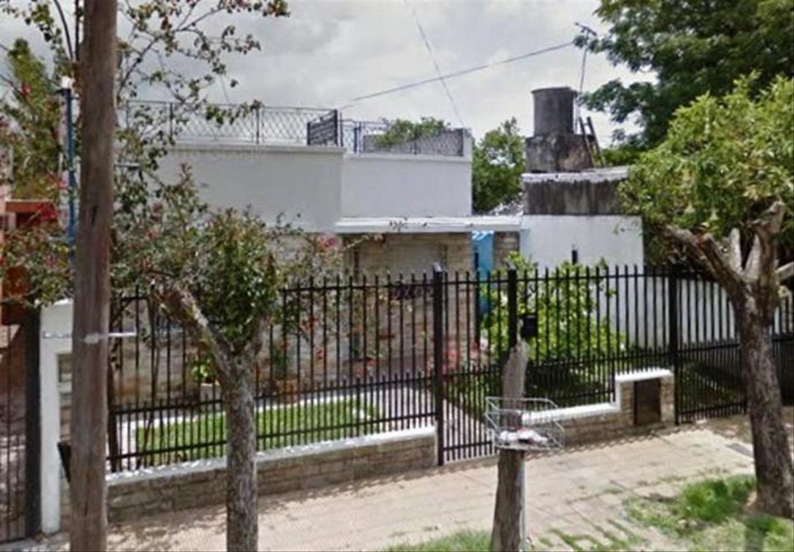 Casa en Venta en Barrio Malvinas - 3 ambientes