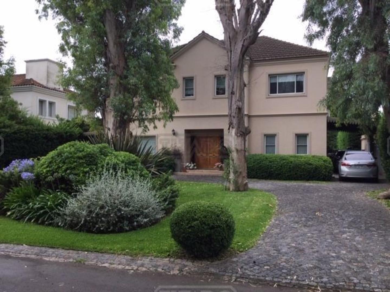 Casa en Venta en Los Fresnos - 4 ambientes