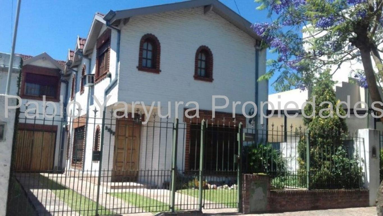 XINTEL(YAR-YAR-14341) Casa - Venta - Argentina, Tres de Febrero - FORMOSA 3232