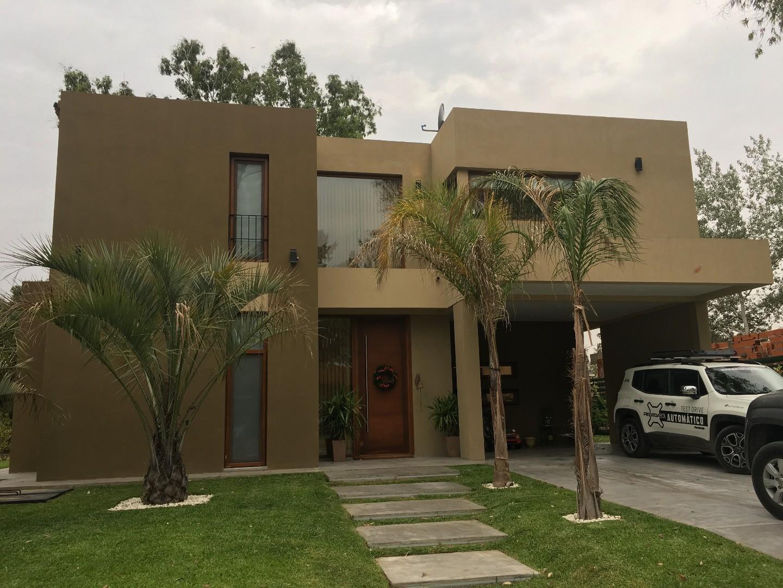 Moderna propiedad en St thomas Oeste