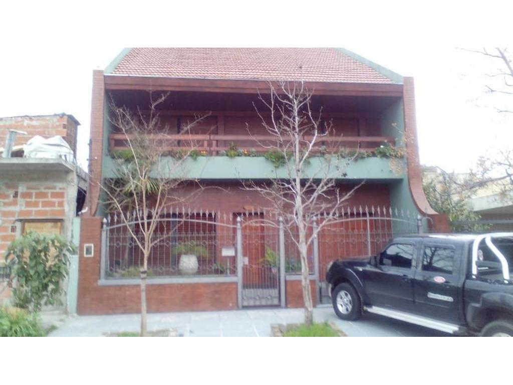 Mendoza 2577 - V. Industriales