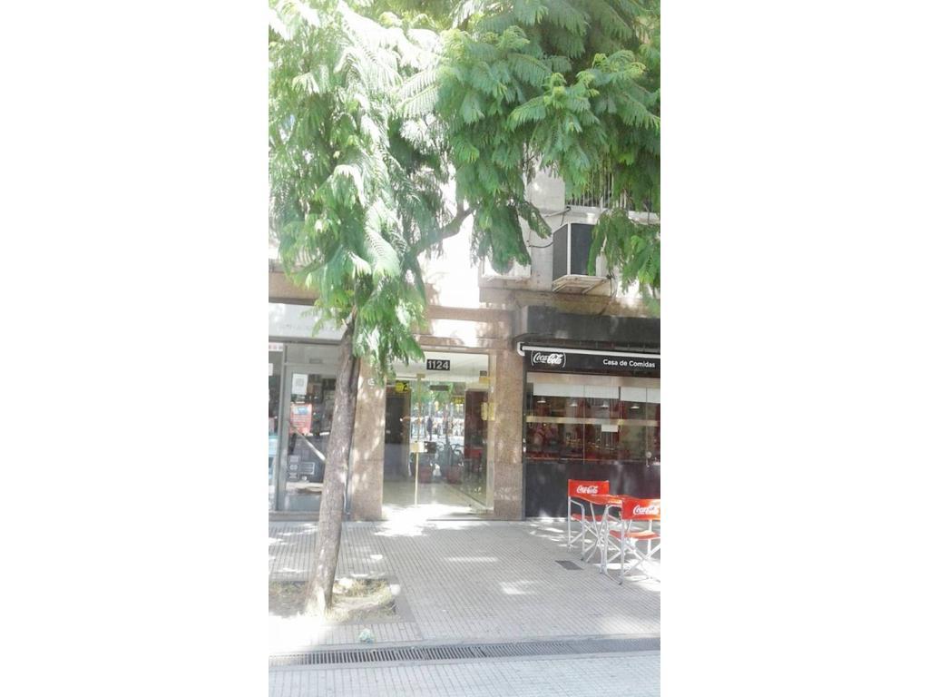 Av. Roque Saenz Peña - Cerrito  Fte balcon 2 ambientes categoria