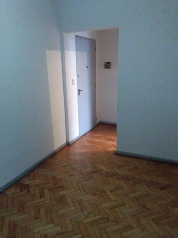 Departamento de 2 ambientes - Lavalle casi Garibaldi, Quilmes Centro - (Vivienda / Apto Profesional)