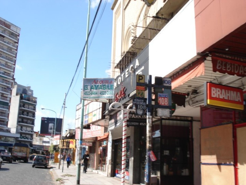 LOCAL COMERCIAL, VILLA URQUIZA, AV. TRIUNVIRATO AL 3900