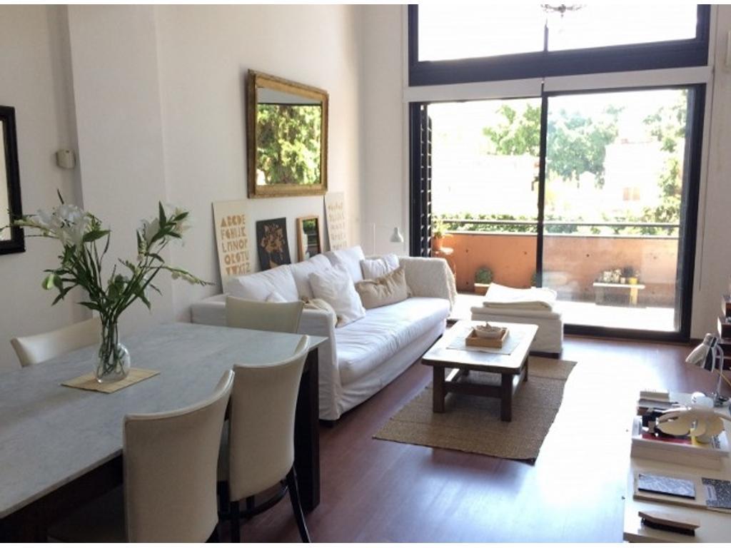 Impecable departamento en dúplex de 2 ambientes con cochera en Nuñez CABA