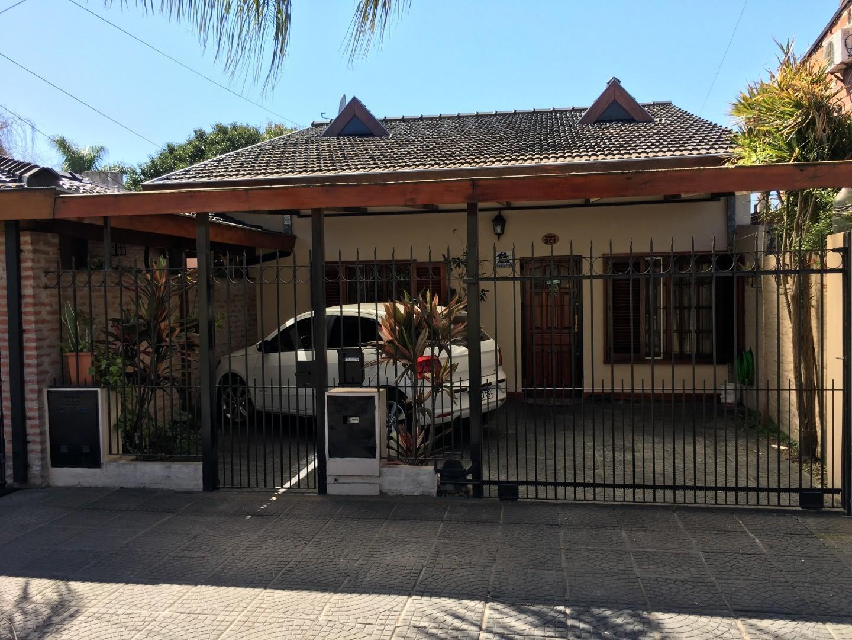 Casa en Venta en Bella Vista - 4 ambientes