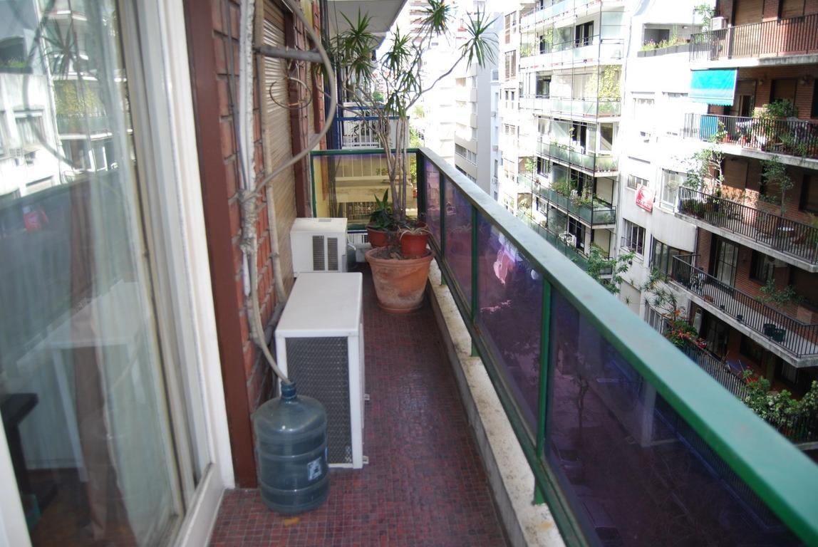 Anchorena  1400 3 Amb. dependencia frente piso alto. Cochera cubierta