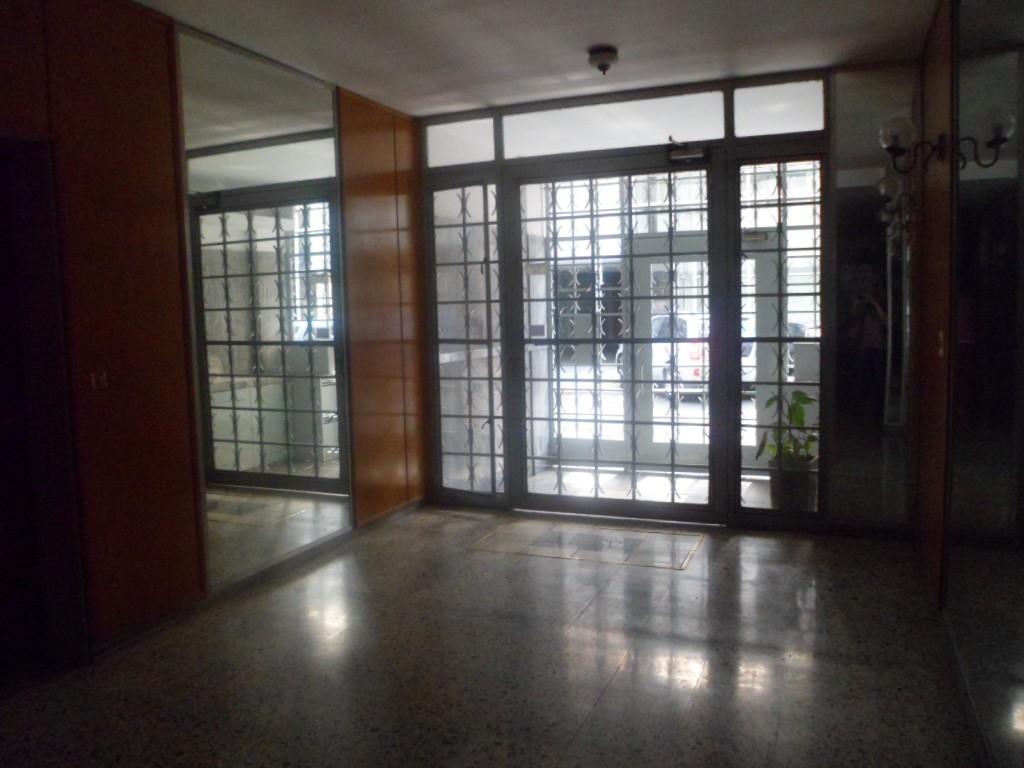 MB Negocios Inmobiliarios VENDE. Dpto 2 dormitorios. Mitre 284 piso 4 A. Luminoso.