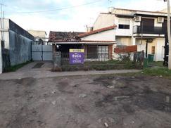 Terreno Lote en Fondo de la Legua y Dardo Rocha ideal estacionamiento - Frente a la Trinidad