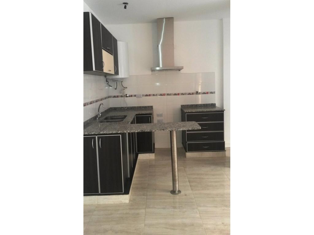 PH 3 amb en 1er piso x esc. con 2 patios A ESTRENAR !!!  75m2 aprox. POSIBILIDAD FINANC.DIRECTA.
