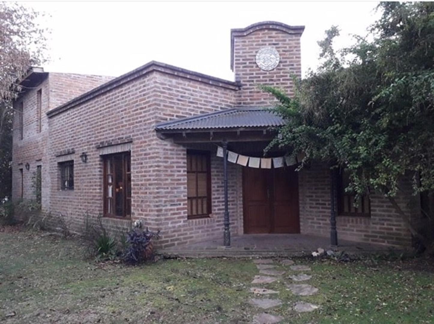 Casa en Venta en Barrio Parque Las Lomadas
