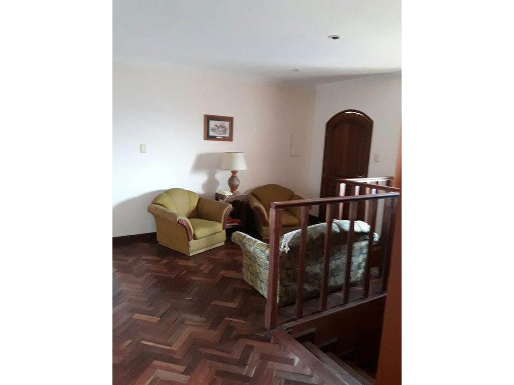 Esplendida casa en Venta en Country Marcos Paz
