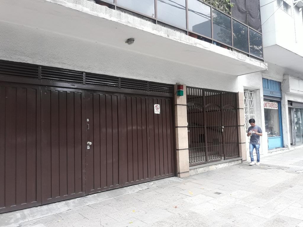 Departamento 4 ambientes en Boedo, frente, balcón, luminoso, cochera fija