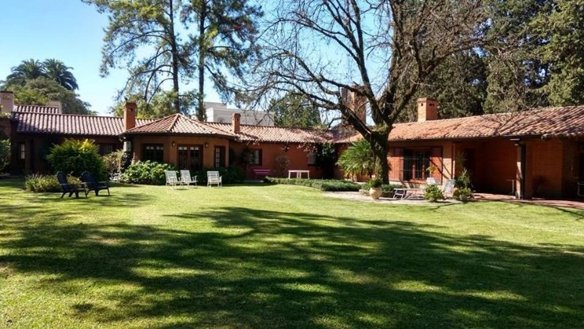 Venta Excelente Casa en Yerba Buena - Salas y Valdez al 800