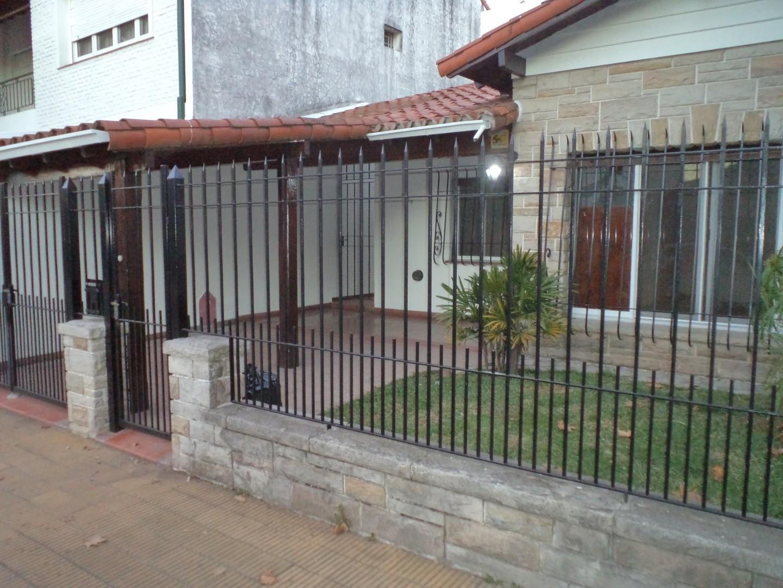 Casa en Alquiler en Olivos Golf - 3 ambientes