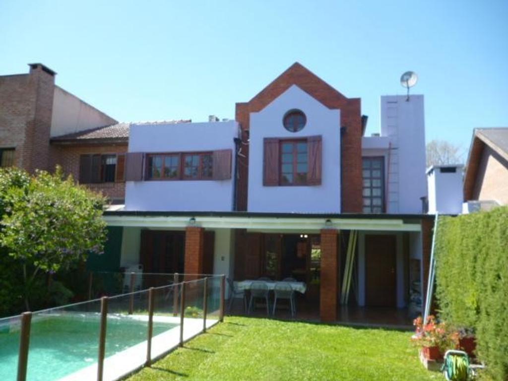 Casa en Venta City Bell Calle 467 e/ 31 y 31 bis Dacal Bienes Raices