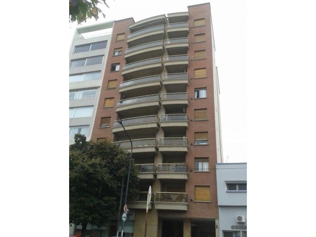 Departamento En Alquiler En Calle 44 100 La Plata