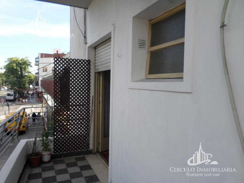 Departamento en Parque Avellaneda con 2 habitaciones