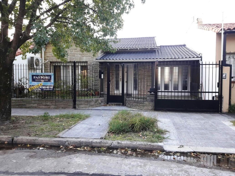 Alquiler de Casa 3 AMBIENTES en Olivos, Vicente López