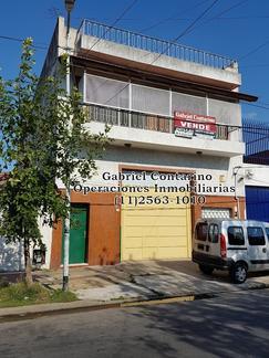AMPLIO DEPTO. 3 AMBIENTES CON PATIO