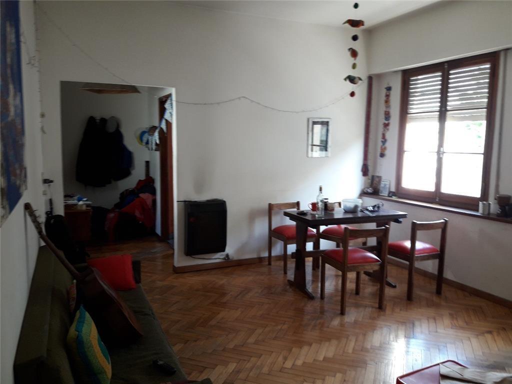 Depto tipo casa en Barracas