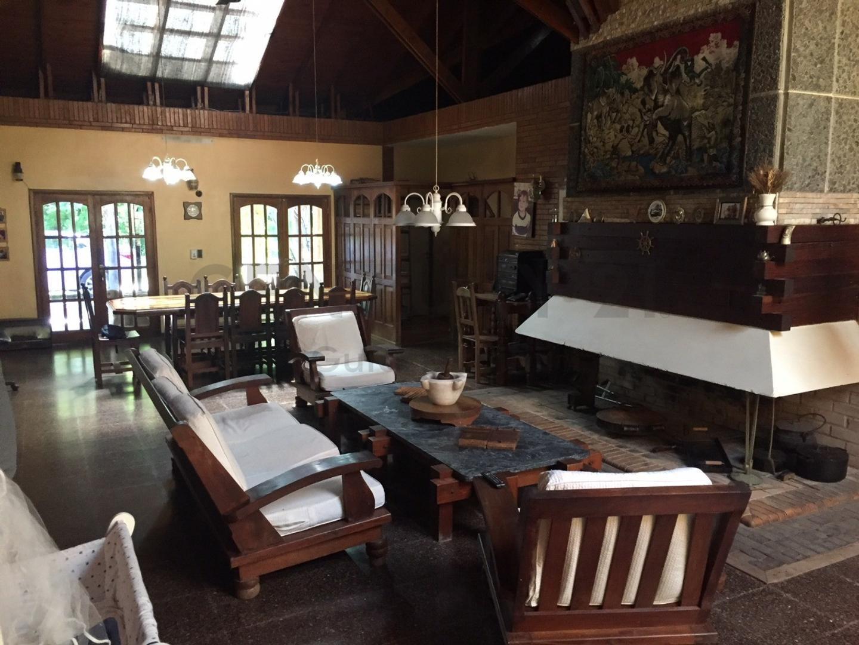 Casa en Villa Elisa con 3 habitaciones