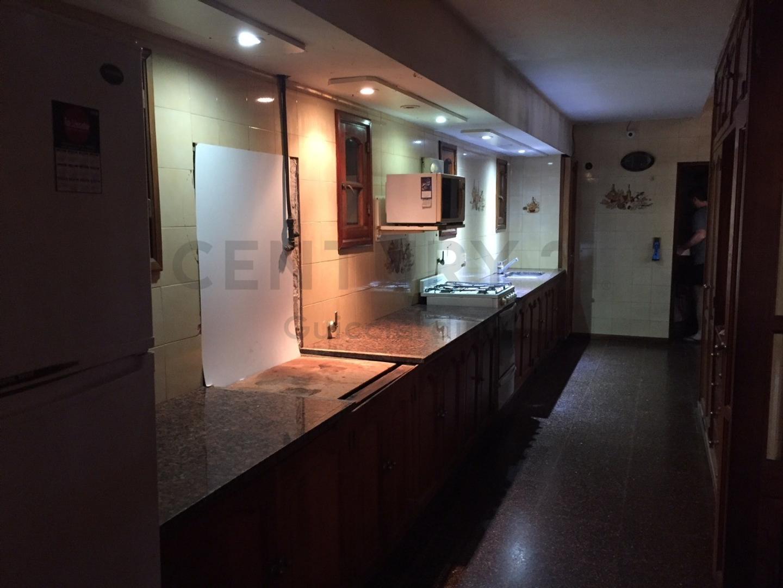 Venta Casa Quinta con amplio lote ideal para inversores - Villa Elisa - Foto 19