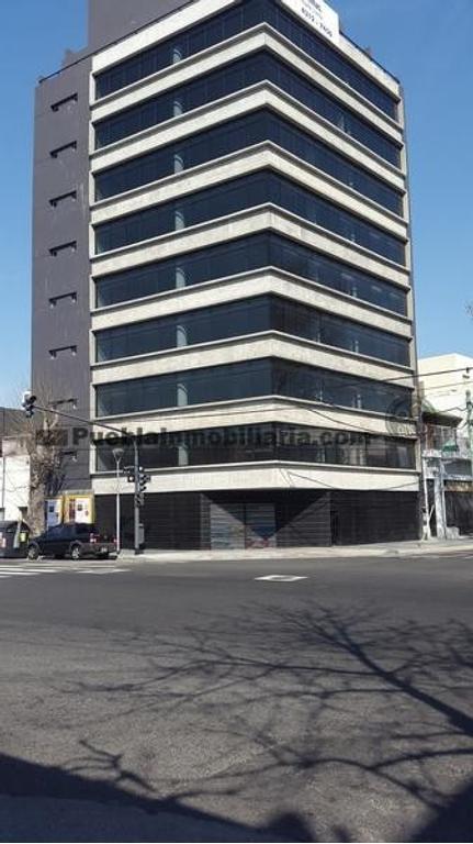 Oficina Clase A de planta libre en venta o alquiler de 100 m2