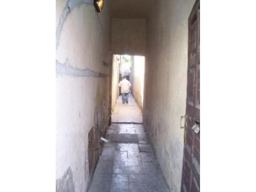 Santiago del Estero 2347 2º - Lanus Oeste