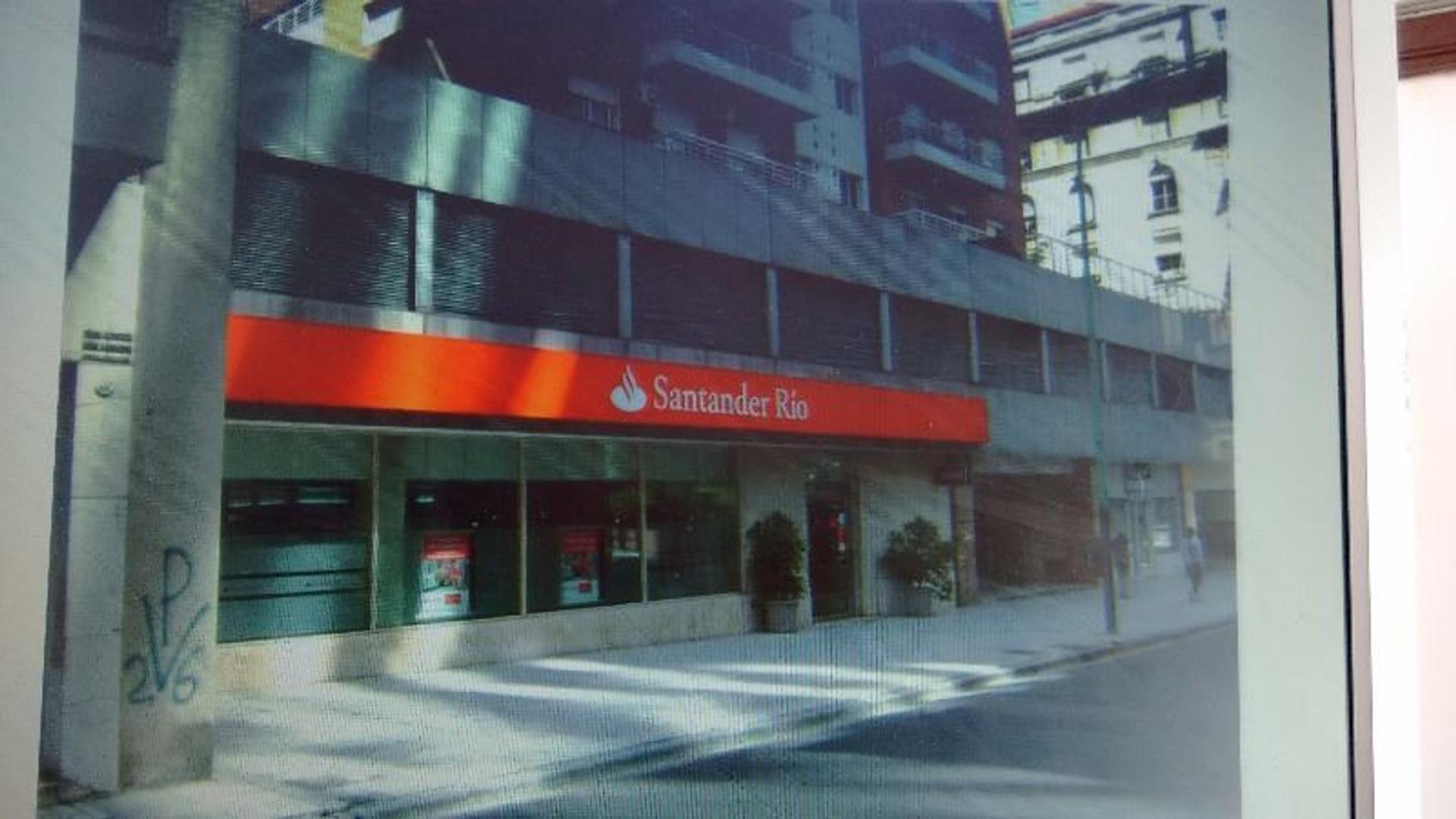 IMPORTANTE LOCAL - EX SUCURSAL BANCARIA - FRENTE 19,5 mts - FRENTE A HOTEL INTER-CONTINENTAL!!