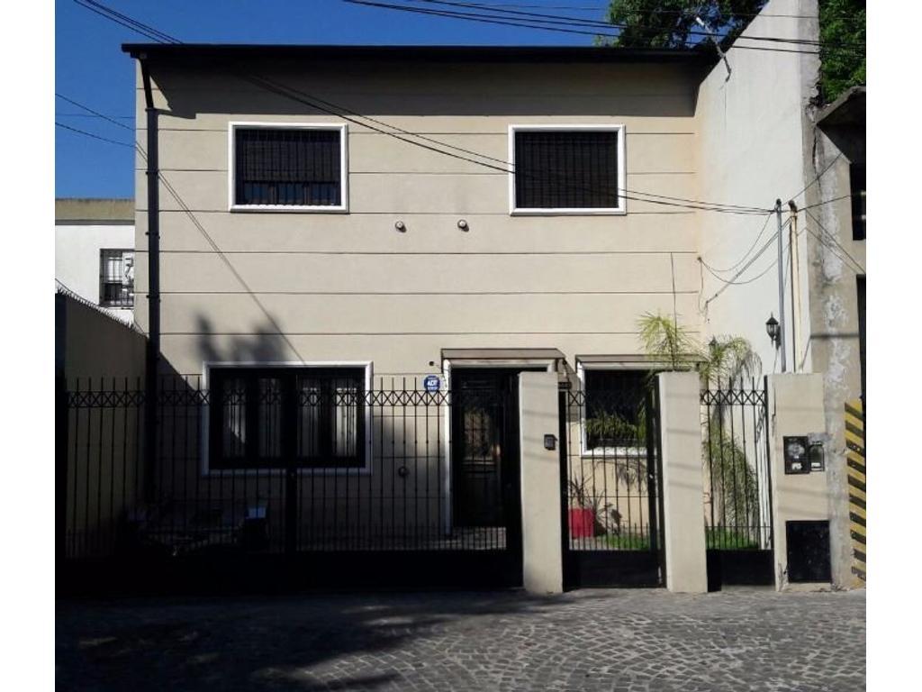 Casa en venta en rep blica 5439 villa ballester for Jardin belen villa ballester