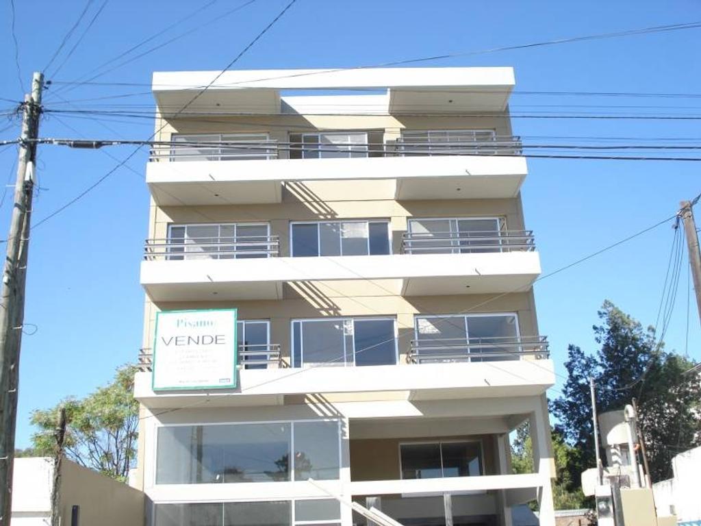 Venta de Departamento en Calle San Martin zona Pilar, Gran Bs.As., Argentina,