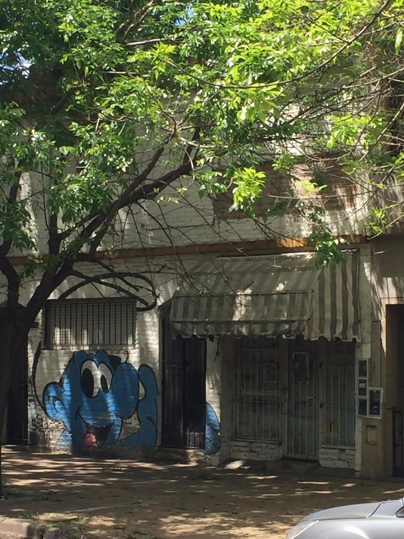 PH 4 amb. a refaccionar - Frente al Parque Saavedra - Único - Esc. ofertas