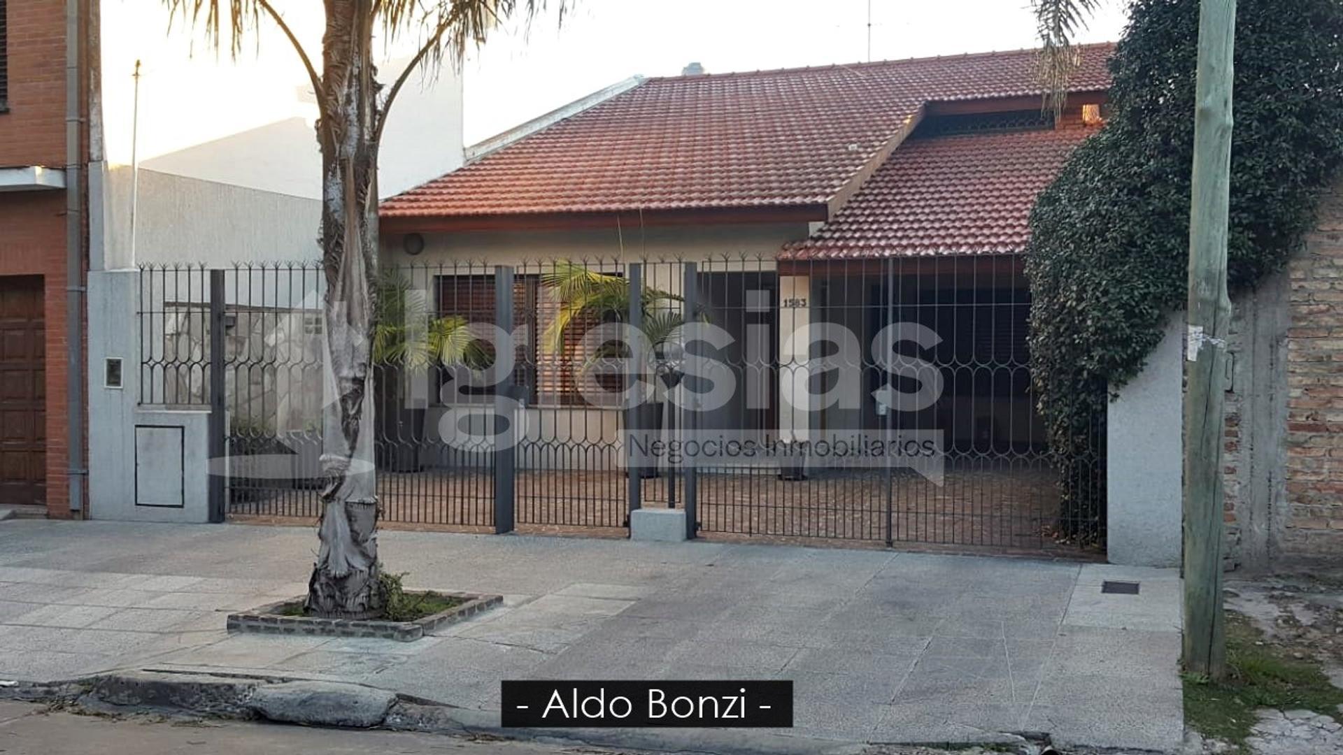 Casa en Venta en Aldo Bonzi - 5 ambientes